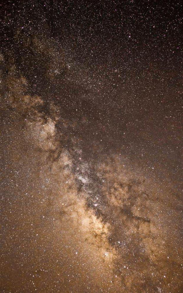 """16 """"Галактика """"Млечный путь"""", автор - Джейкоб Маркио (Jacob Marchio), 14 лет, США Источник: http://www.bugaga.ru/pictures/1146740699-astronomy-photographer.html#ixzz2gfspTXNi"""