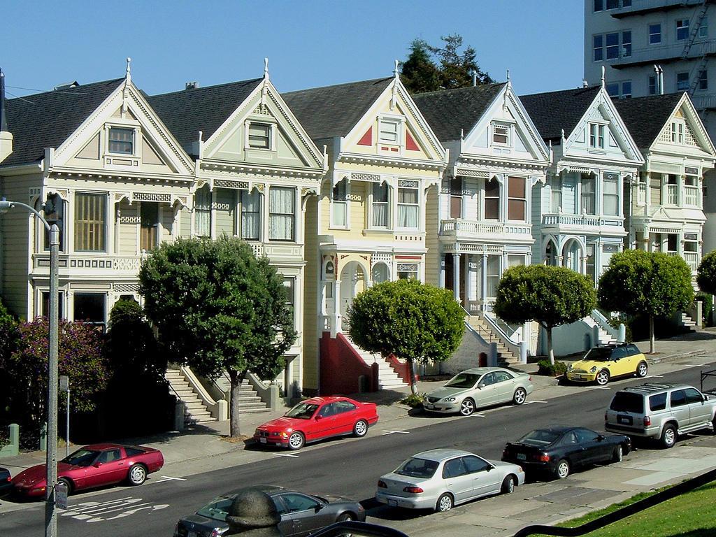 3377316661 aff476143b b1 Яркая достопримечательность Сан Франциско: викторианские дома Painted Ladies