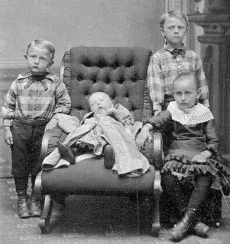 From1800s04 Посмертные портреты времен королевы Виктории