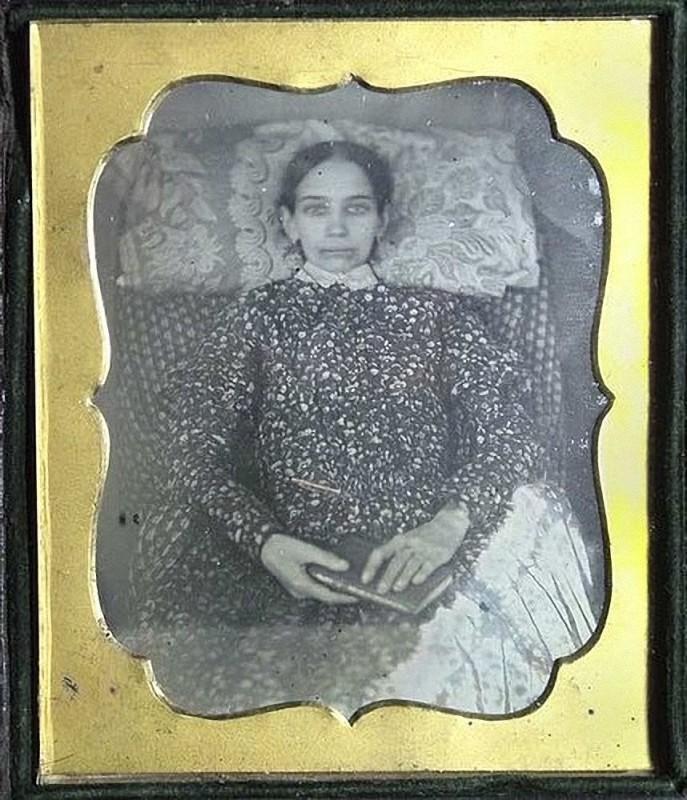 From1800s07 Посмертные портреты времен королевы Виктории