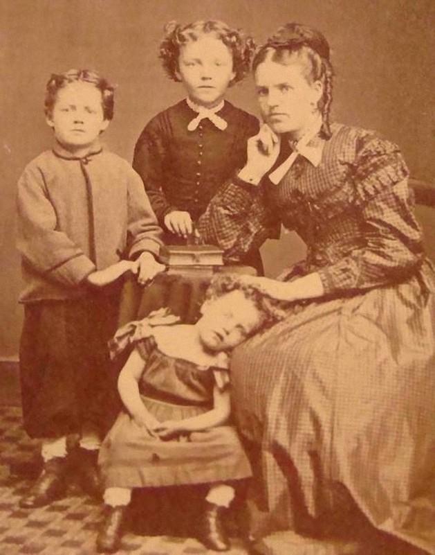 From1800s10 Посмертные портреты времен королевы Виктории