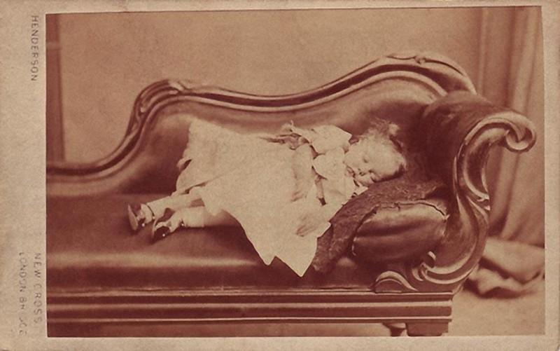 From1800s16 Посмертные портреты времен королевы Виктории
