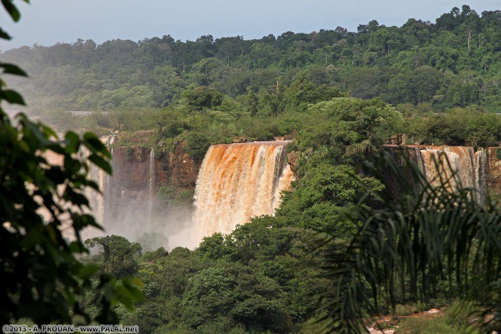 Iguazu02 Водопады Игуасу