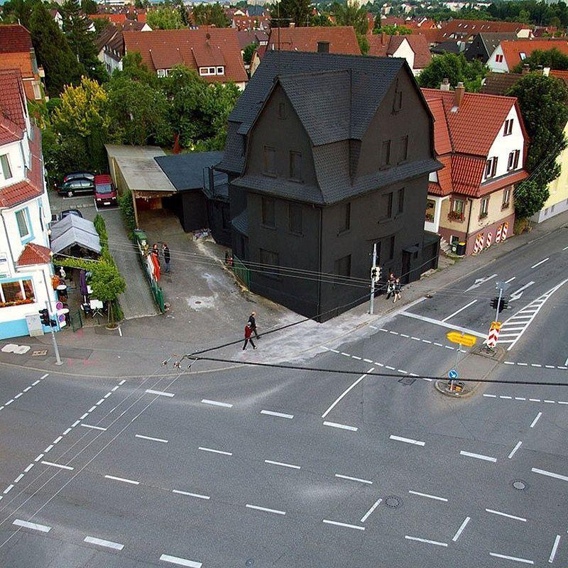 Schwarz05 Черный дом