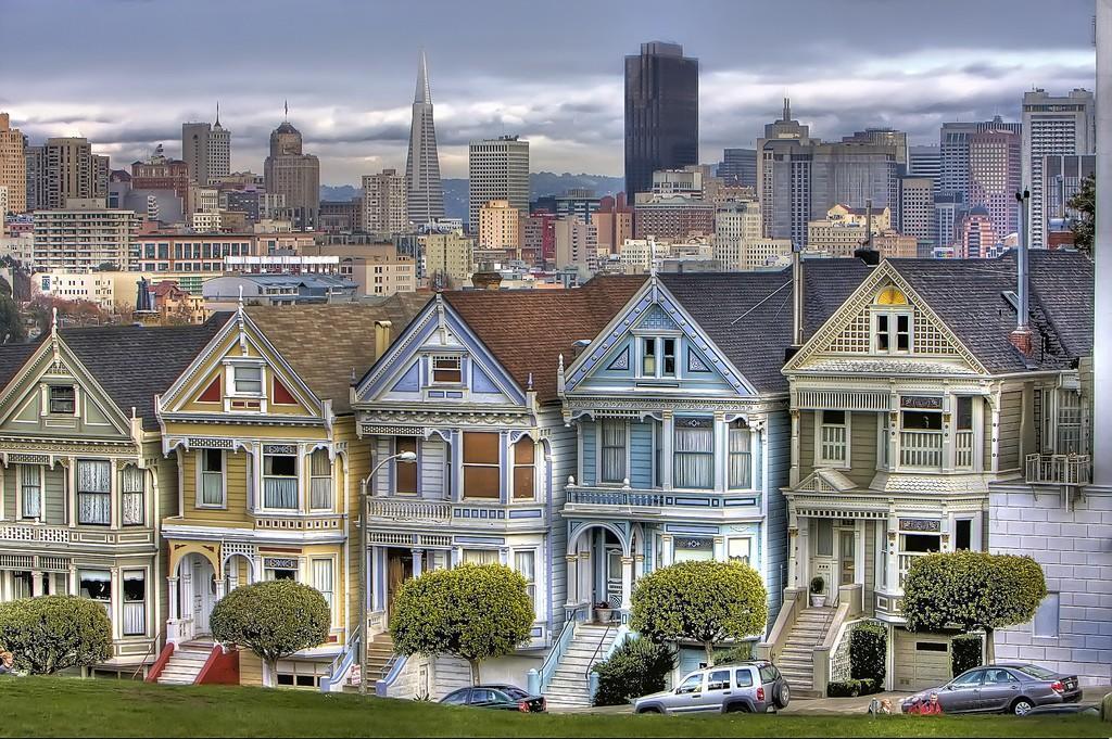 Steiner01 Яркая достопримечательность Сан Франциско: викторианские дома Painted Ladies