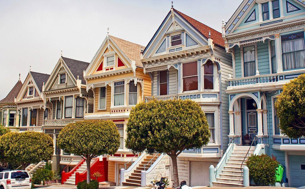 Steiner05 Яркая достопримечательность Сан Франциско: викторианские дома Painted Ladies