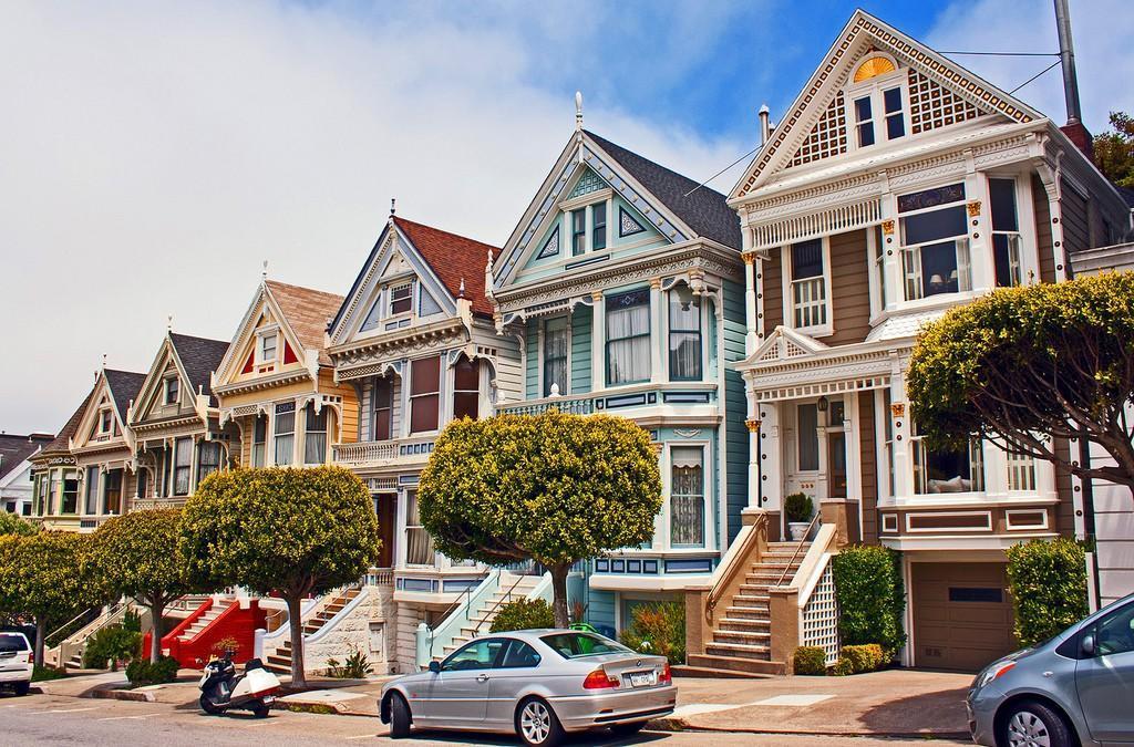 Steiner07 Яркая достопримечательность Сан Франциско: викторианские дома Painted Ladies