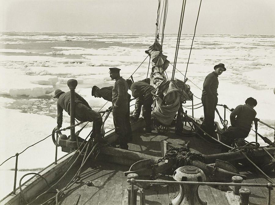 antarctica01 Самые впечатляющие фотографии Антарктиды начала 20 века
