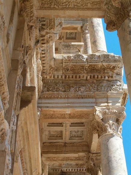 6. Библиотека в Эфесе