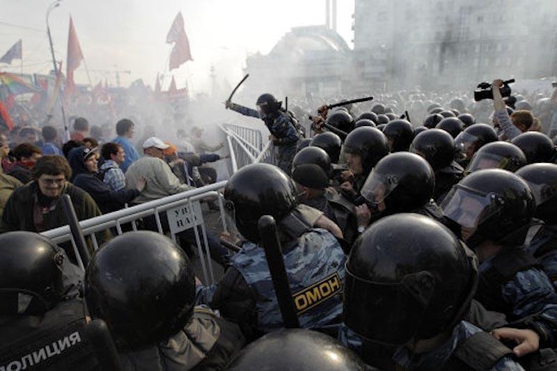 moscow08 Самые крупные массовые беспорядки в Москве с начала века