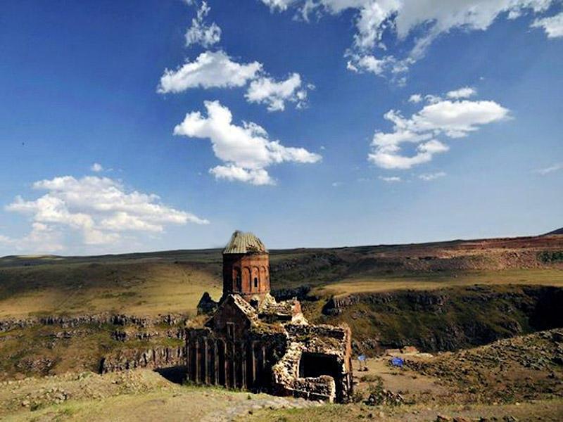 5. Разрушенная церковь, Ани