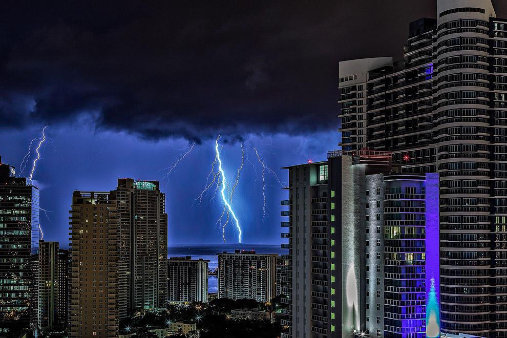 thunders09 Молнии над Майами