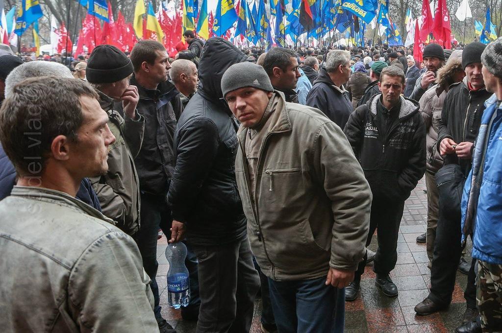 0 b7279  Суровые украинские геи