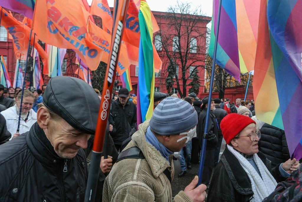 0 b727c  Суровые украинские геи