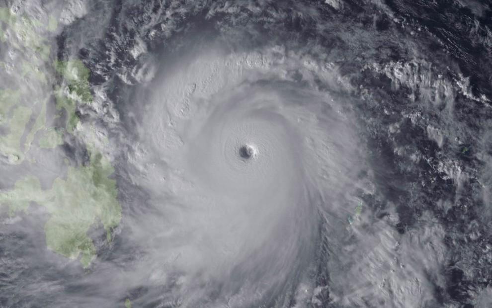 1578704 original 990x620 Тайфун Хаян унес жизни более 10 тысяч человек