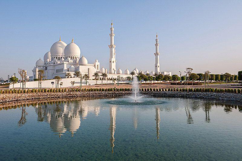 AweInspiring28 Восхитительные места поклонения по всему миру