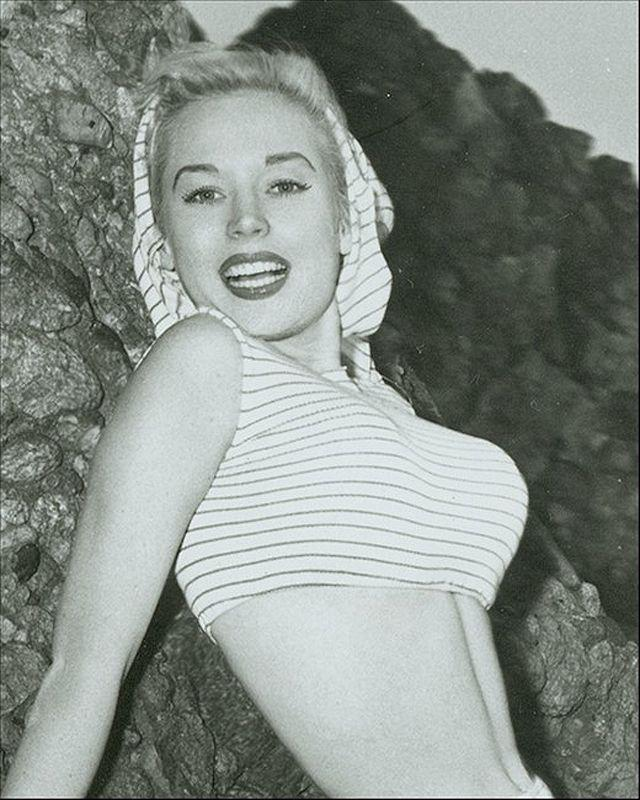 BettyBrosmer11 Бетти Бросмер — обладательница самой шикарной фигуры 50 х годов