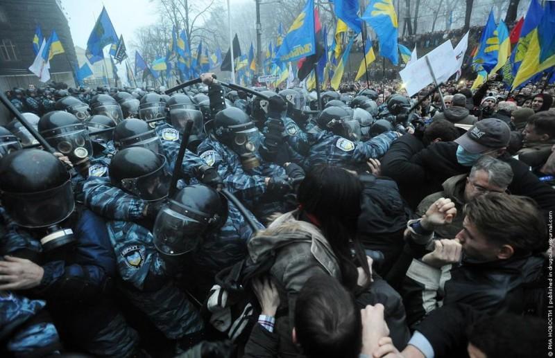 Euromaidan11 800x517 Майдан в Киеве