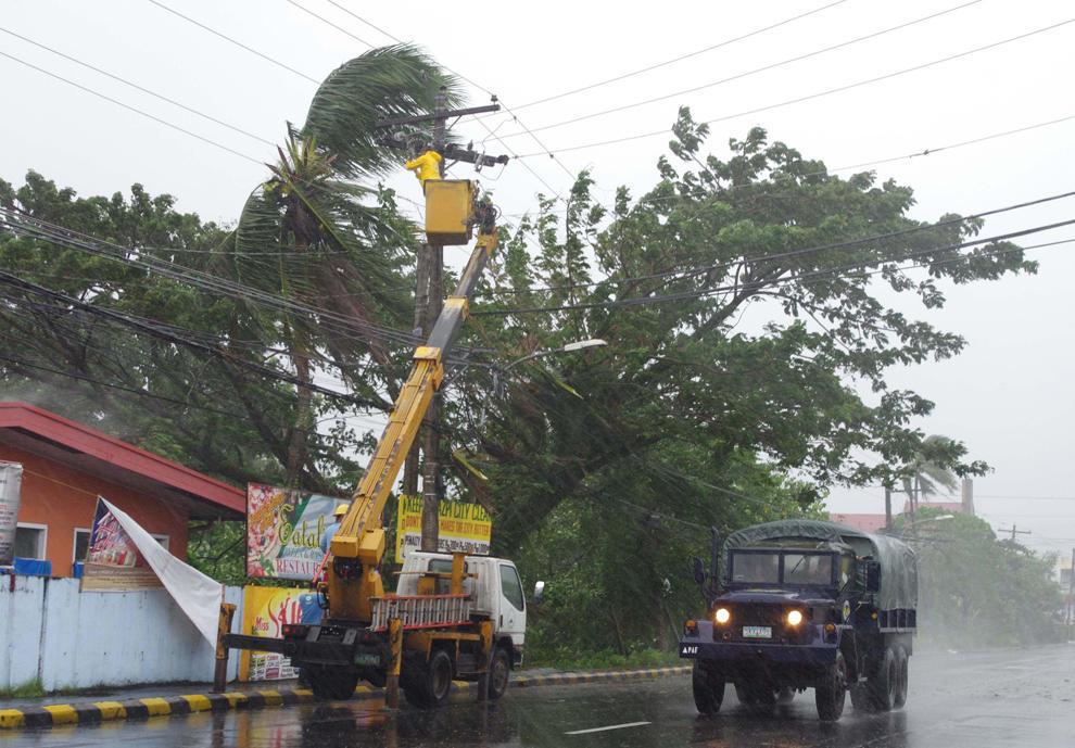 bp900000 Тайфун Хаян унес жизни более 10 тысяч человек