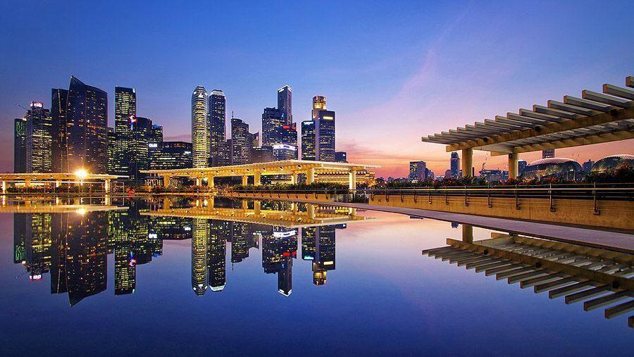 mirrored11 Урбанистическое Зазеркалье: Отражения мегаполисов