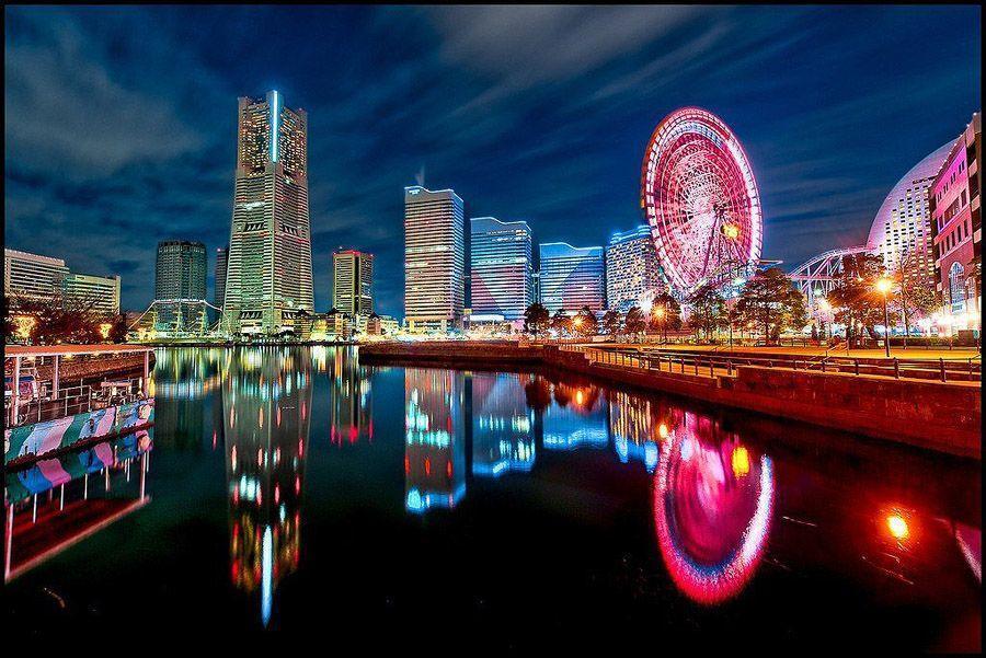 mirrored12 Урбанистическое Зазеркалье: Отражения мегаполисов