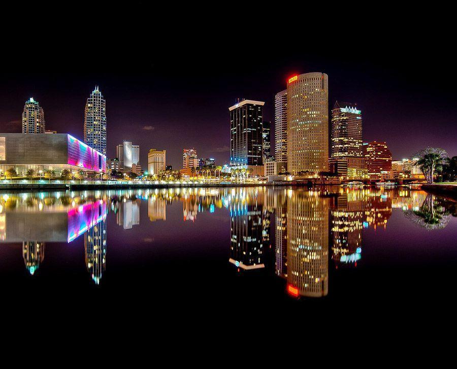 mirrored13 Урбанистическое Зазеркалье: Отражения мегаполисов