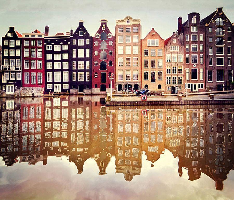 mirrored21 Урбанистическое Зазеркалье: Отражения мегаполисов