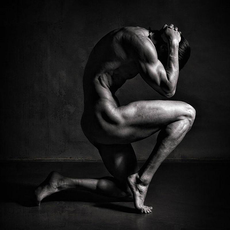 Ню мужское тело порно бдсм мужиков женском
