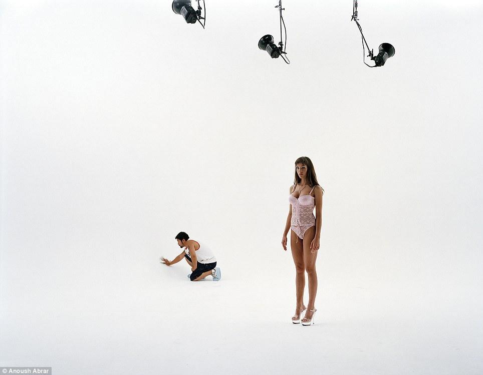 Как выглядят девушки, приехавшие работать в Голливуд
