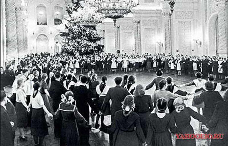 ussrnewyear02 Как готовились к Новому году в СССР
