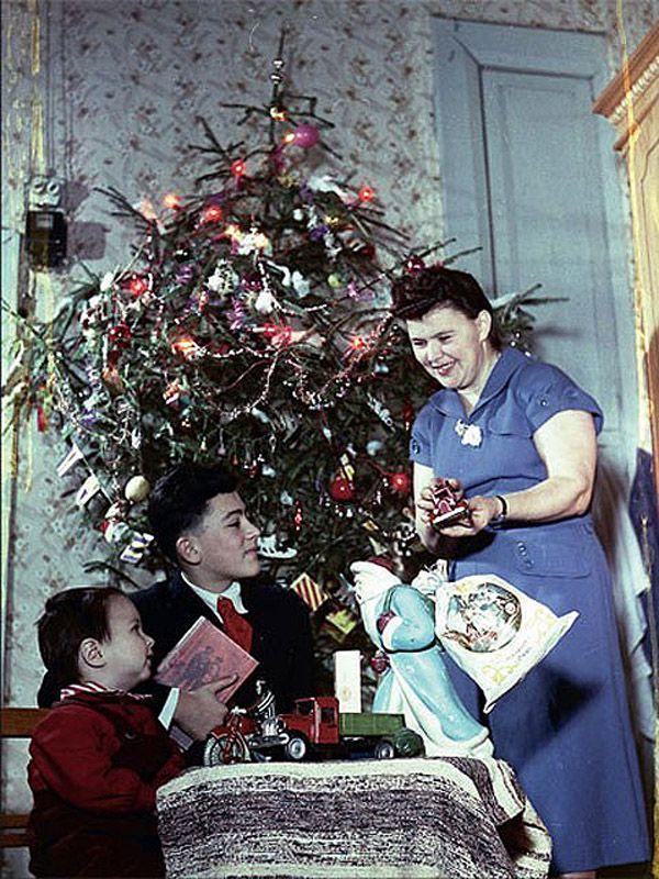 ussrnewyear05 Как готовились к Новому году в СССР