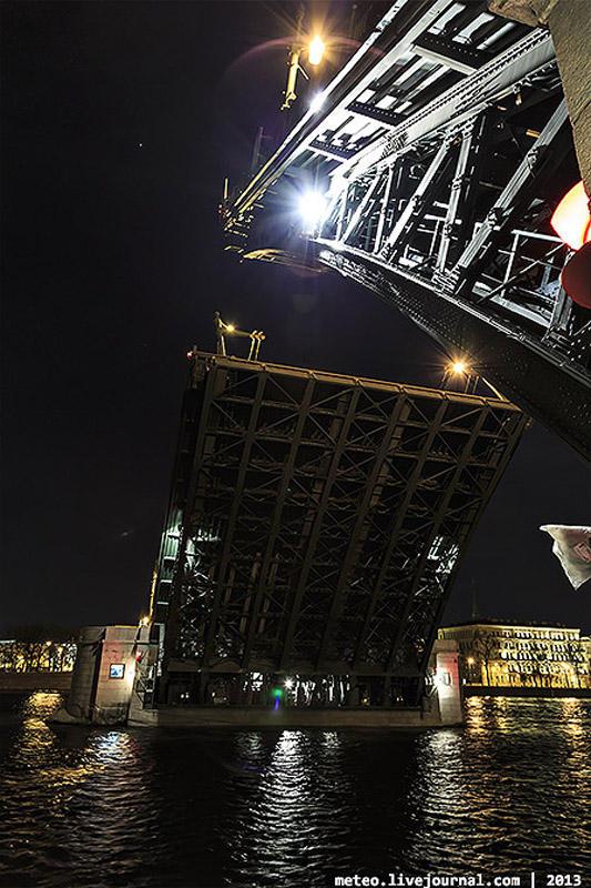 PalaceBridge05 Как устроен Дворцовый мост в Санкт Петербурге