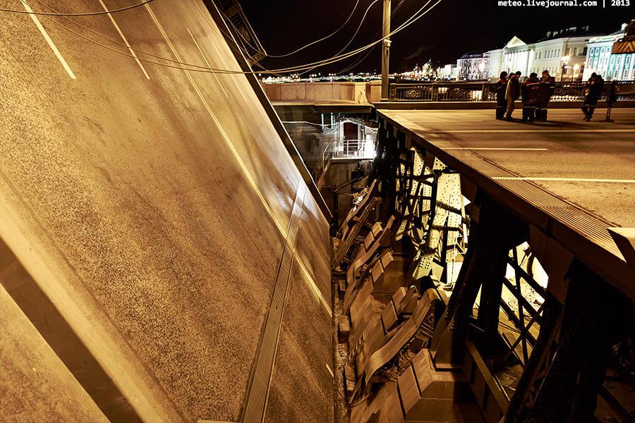 PalaceBridge25 Как устроен Дворцовый мост в Санкт Петербурге