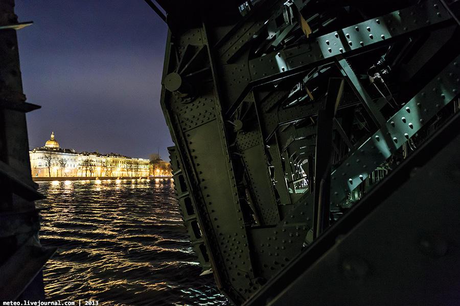 PalaceBridge31 Как устроен Дворцовый мост в Санкт Петербурге