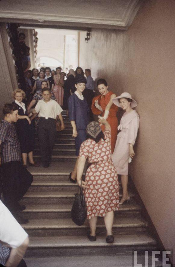diorinmsk06 Кристиан Диор: Как прошел первый визит в Москву в 1959 году