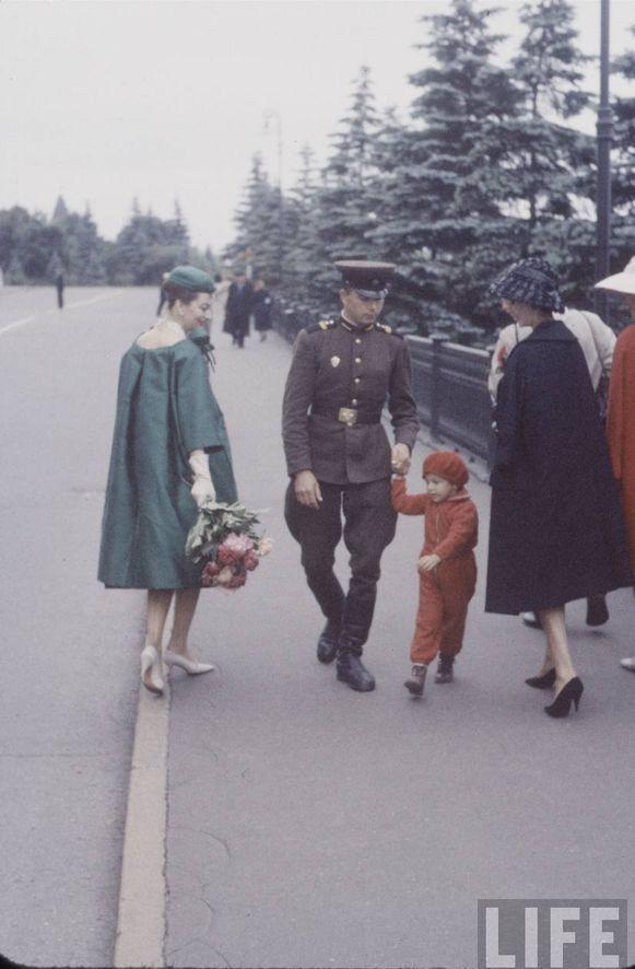 diorinmsk12 Кристиан Диор: Как прошел первый визит в Москву в 1959 году
