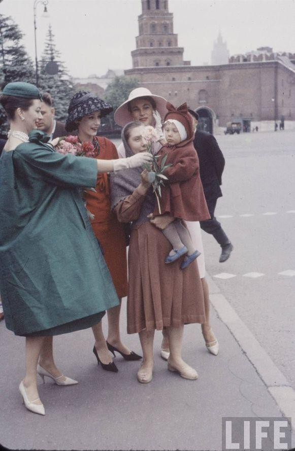 diorinmsk13 Кристиан Диор: Как прошел первый визит в Москву в 1959 году