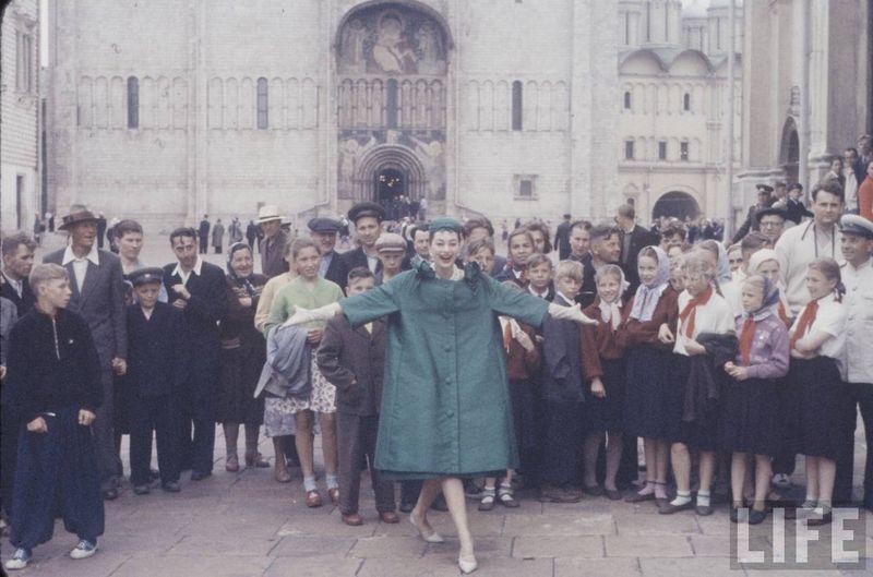 diorinmsk16 Кристиан Диор: Как прошел первый визит в Москву в 1959 году