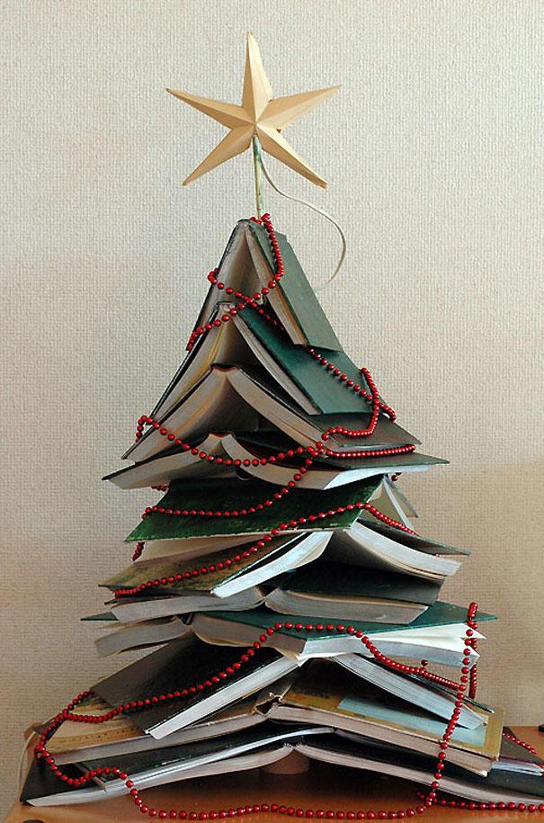 diyxmastrees11 Как сделать новогоднюю елку своими руками: несколько простых идей