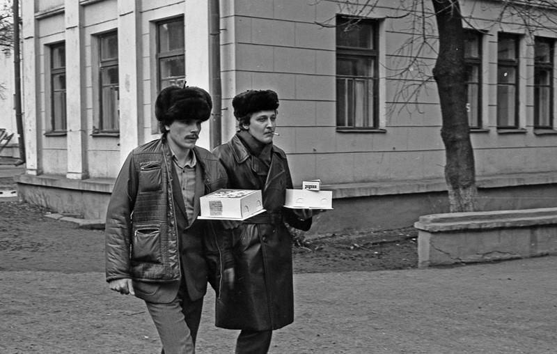 epochfaces17 Наш адрес — Советский Союз