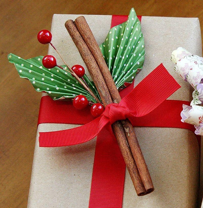 Упаковка новогодних подарков 58