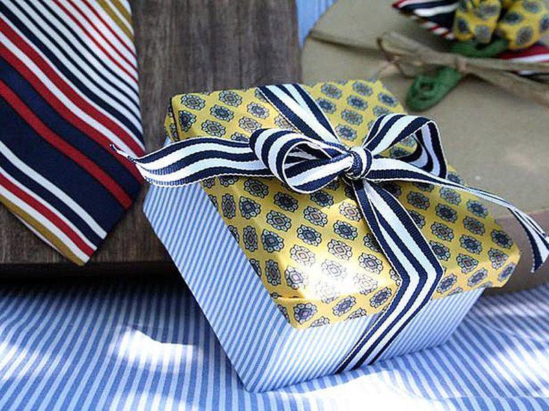 giftwrap28 30 идей, как упаковать новогодний подарок