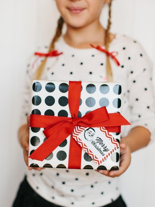 giftwrap30 30 идей, как упаковать новогодний подарок
