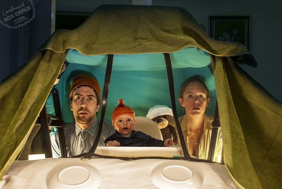 miscelanious011 Картонное кино: веселые родители воссоздают знаменитые фильмы