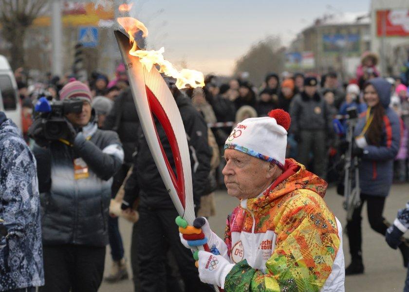 olympicfire14 Самые яркие моменты путешествия Олимпийского огня 2014, глазами иностранных журналистов