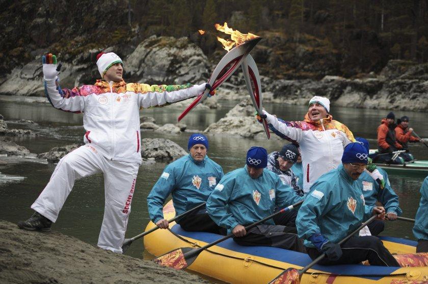 olympicfire23 Самые яркие моменты путешествия Олимпийского огня 2014, глазами иностранных журналистов