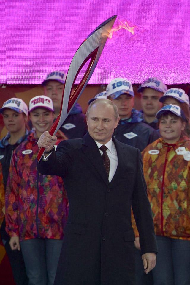 olympicfire25 Самые яркие моменты путешествия Олимпийского огня 2014, глазами иностранных журналистов