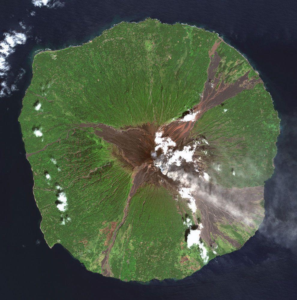 satellite09 Самые интересные снимки со спутника 2013