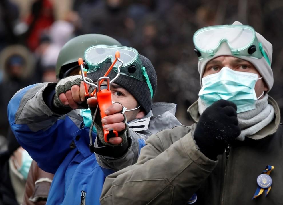 1342166 990x717 Оружие пролетариата в Киеве
