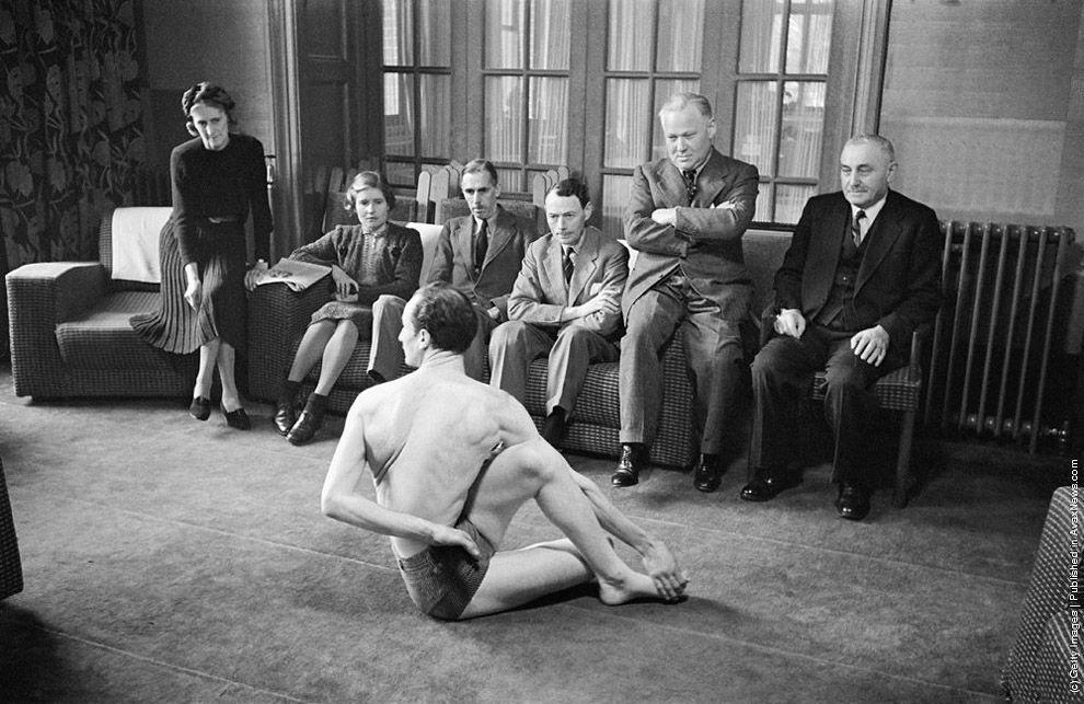 VintageYoga04 Какой была йога в прошлом веке: любопытные винтажные фото